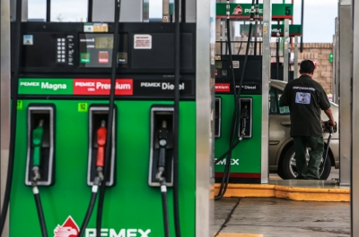 Hacienda mantiene sin estímulos fiscales las gasolinas.