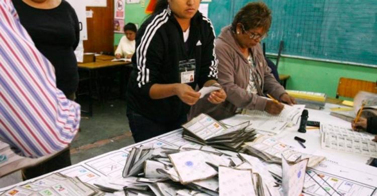 Paquetes electorales de Puebla llegan tarde al TEPJF.