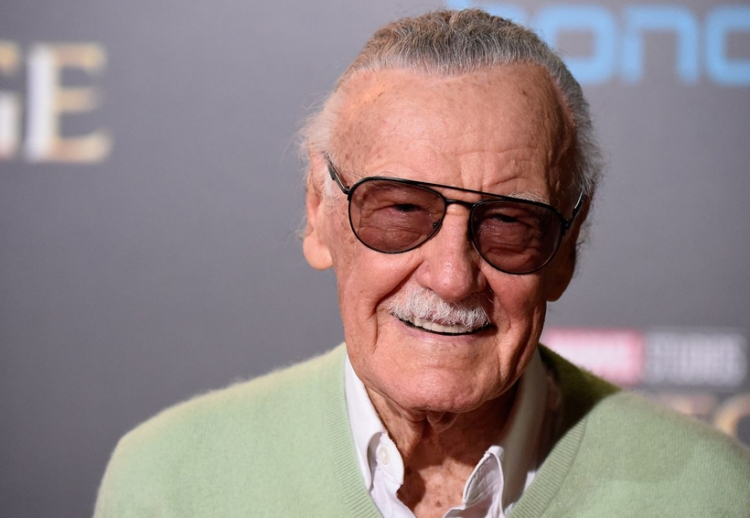 Stan Lee spoilea a fans sobre los vengadores.