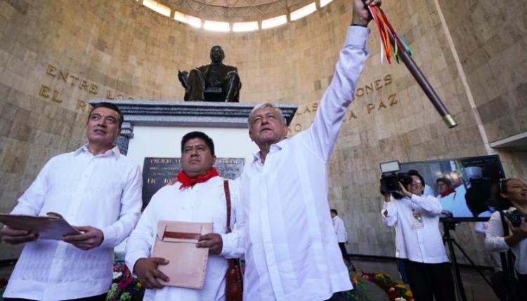 López Obrador asiste a toma de protesta de Gobernador de Chiapas