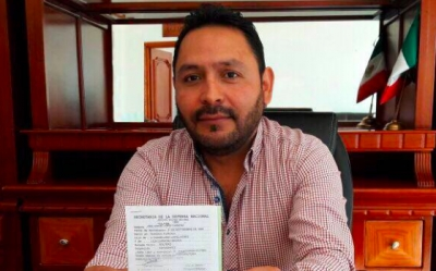 Libera Mauro León instalaciones de la alcaldía de Hueyotlipan tras bloqueo de regidores