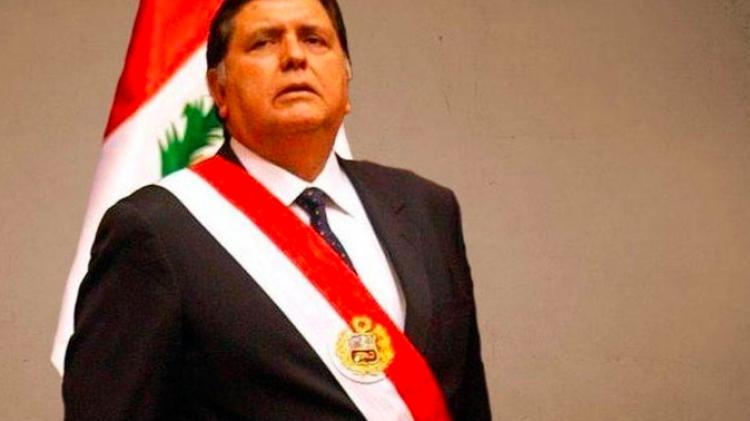 Ex Presidente de Perú se suicida justo antes de ser arrestado por delitos de corrupción en caso Odebrecht