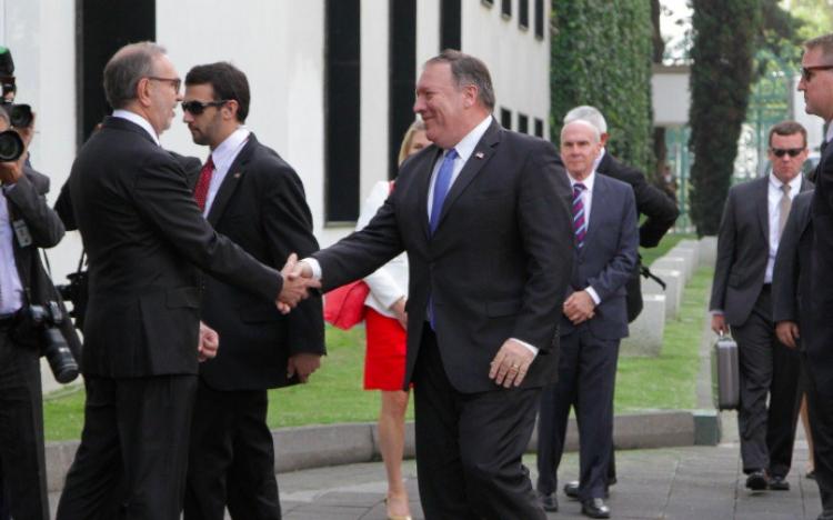 Concluye reunión entre Peña Nieto y funcionarios de EE.UU