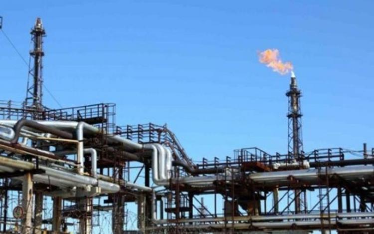 Anuncian cantidad para rehabilitar refinería Madero.