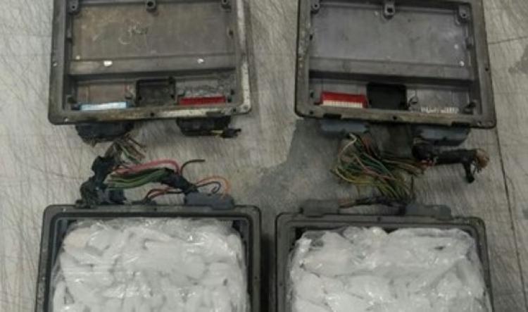 Localizan drogas ocultas en computadoras automotrices, en Querétaro.