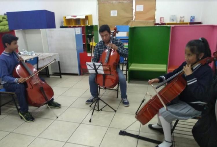 Imparten curso de violoncello en Dirección de Cultura