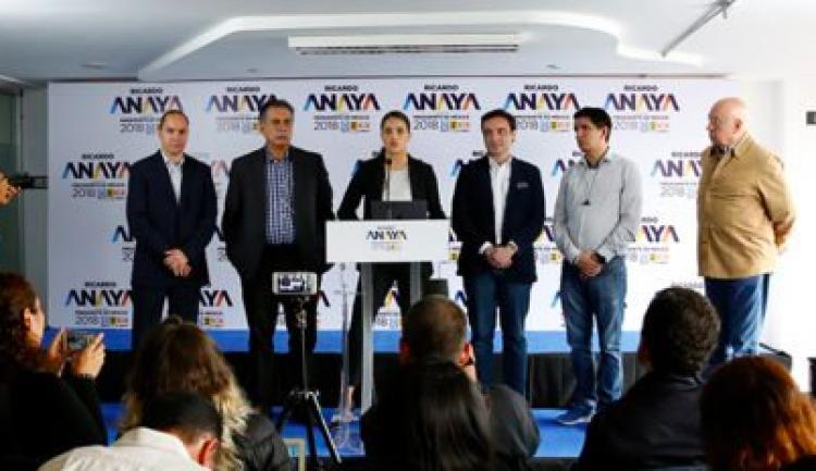 """Por México al Frente denunciará campaña de AMLO por compra de """"bots"""""""