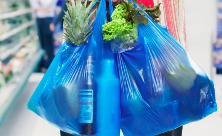Guerrero aprueba prohibir uso/entrega de bolsas y popotes de plástico