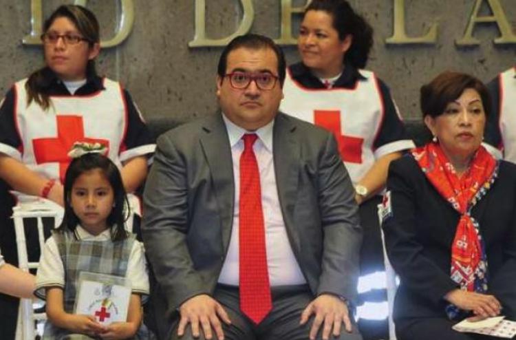 Javier Duarte dejo endeudada a la Cruz Roja por más de 15 mdp.