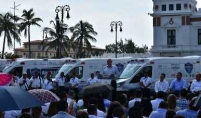 Se invirtió más de 100 millones de pesos en ambulancias en Veracruz.