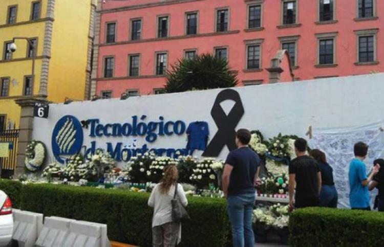 Recuerdan alumnos que fallecieron durante el sismo en el Tec de Monterrey