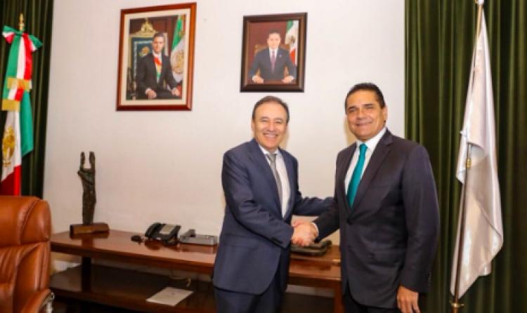 Alfonso Durazo dialoga con Silvano Aureoles sobre seguridad