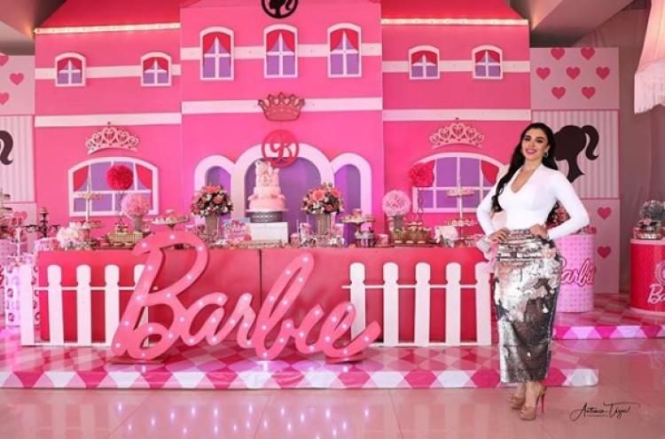 Al estilo Barbie las hijas del Chapo celebran su cumpleaños