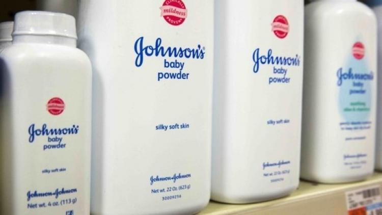 Jhonson & Jhonson pagara 4 mil mdd a victimas de producto cancerigeno