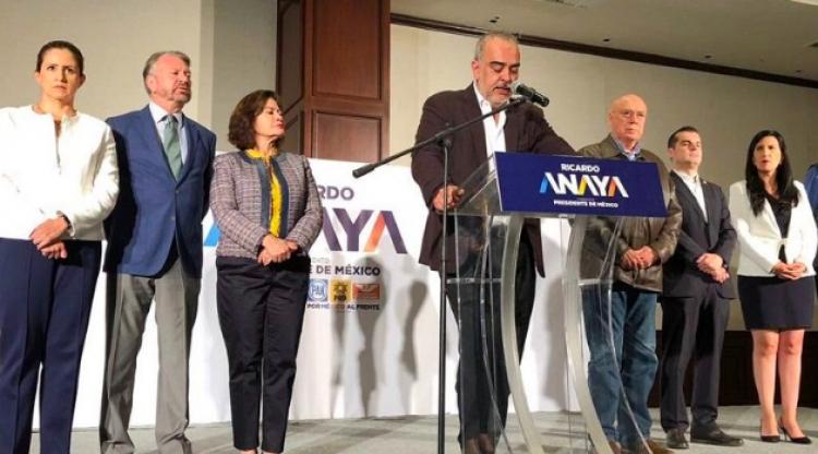 """Por México al Frente presenta más """"pruebas"""" contra Meade"""