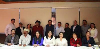 Genoveva Huerta hace un llamado de unidad a presidentes municipales