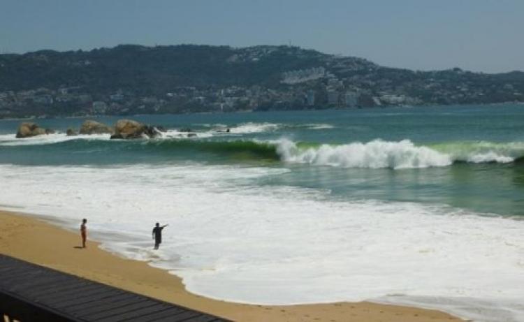 SEMAR Alerta por fenomeno Mar de Fondo en Oaxaca