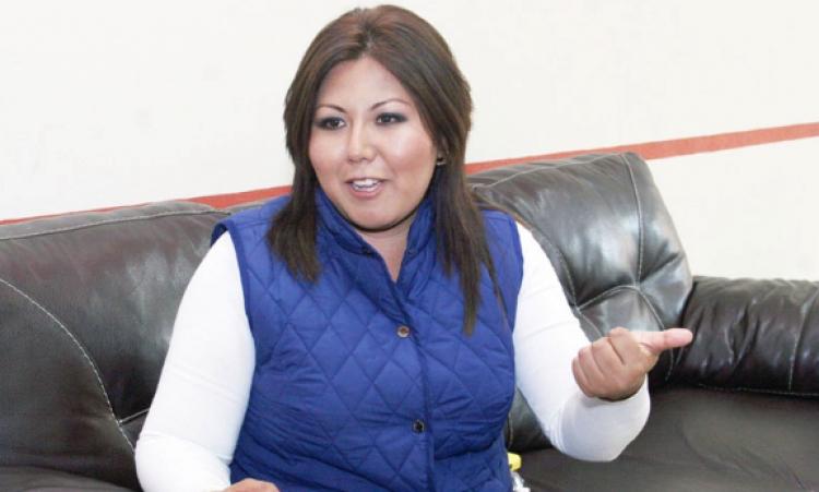 Genoveva Huerta buscará la dirigencia del PAN