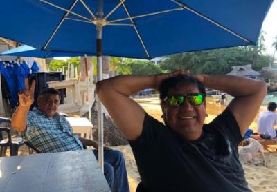 Salgado Macedonio ignora Fase 2 del COVID-19 y se pasea en Acapulco