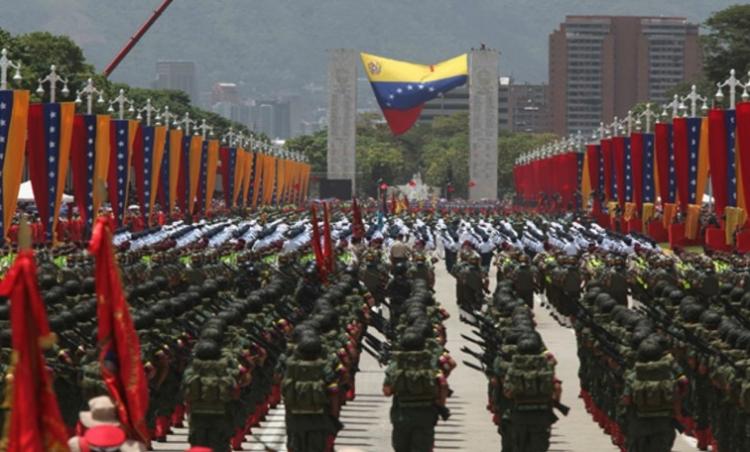 Fuerzas Armadas Venezolanas reiteran lealtad a Maduro