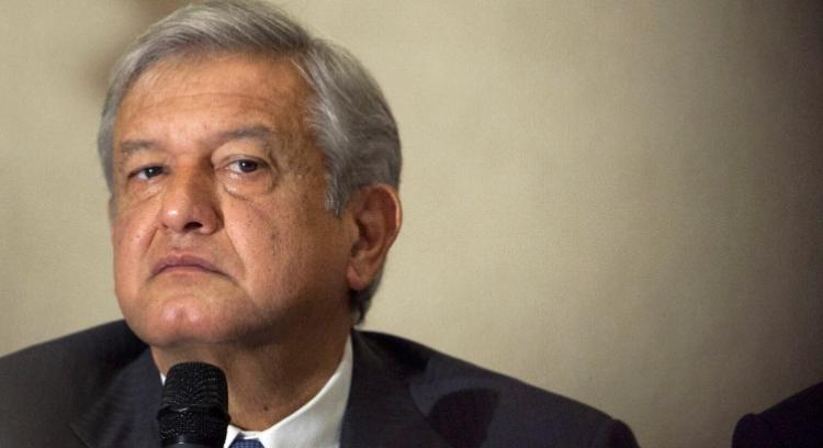"""López Obrador denunciará a creadores de serie """"Populismo en América"""""""