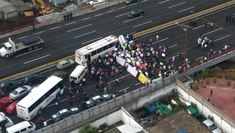 Policía Federal desbloquea la autopista México-Pachuca con saldo blanco