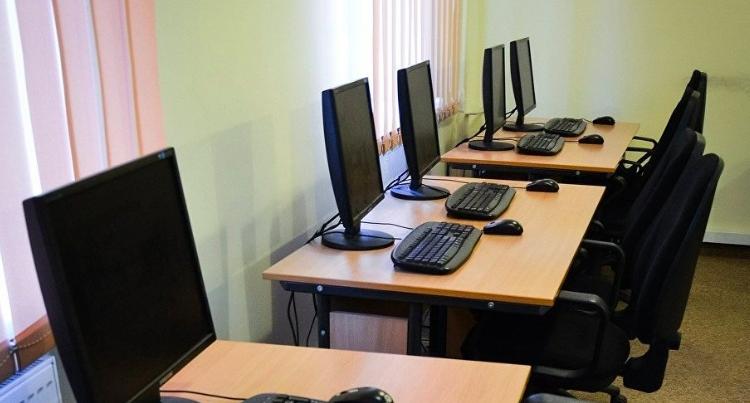 INEE alerta sobre necesidad de más computadoras en nivel básico