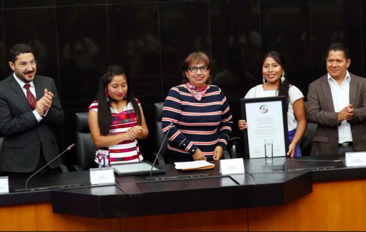 Entregan reconocimiento a Yalitza Aparicio y Nancy García en el Senado