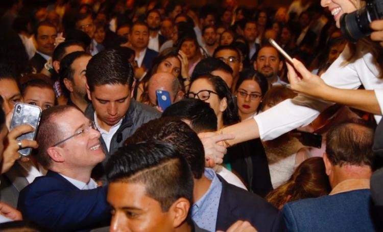 Ricardo Anaya se reúne con líderes de sociedad civil en Jalisco