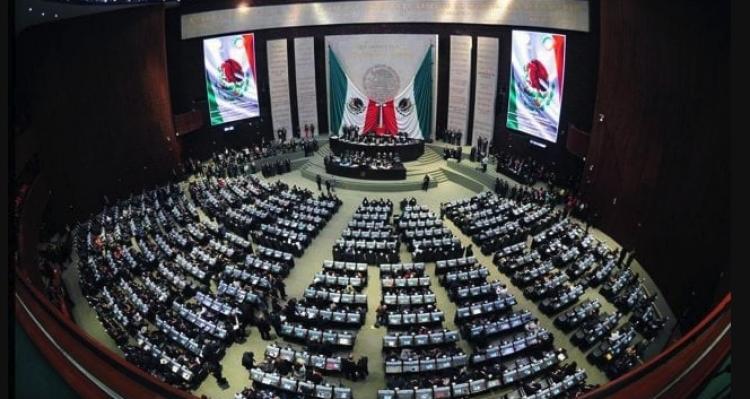 Diputados reciben iniciativa para derogar Reforma Educativa.