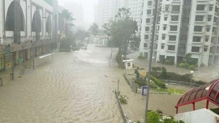 El tifón Mangkhut deja 66 muertos y grandes daños en Filipinas