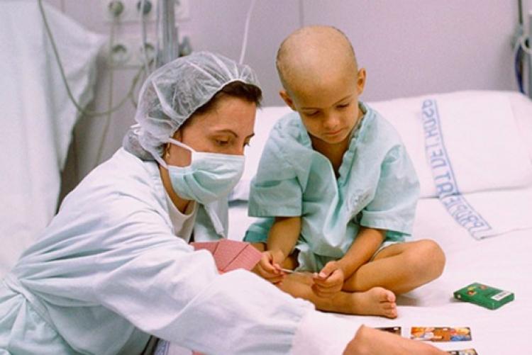 Cada año se diagnostican 300 mil casos de cáncer infantil: OMS