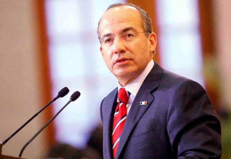 Felipe Calderón niega haber sido sobornado por el Chapo