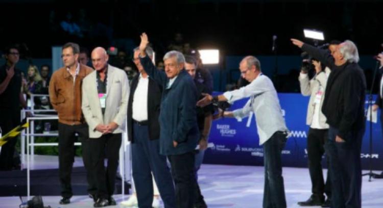 """López Obrador realiza cierre del evento """"Mundial de Robótica"""" en CDMX"""