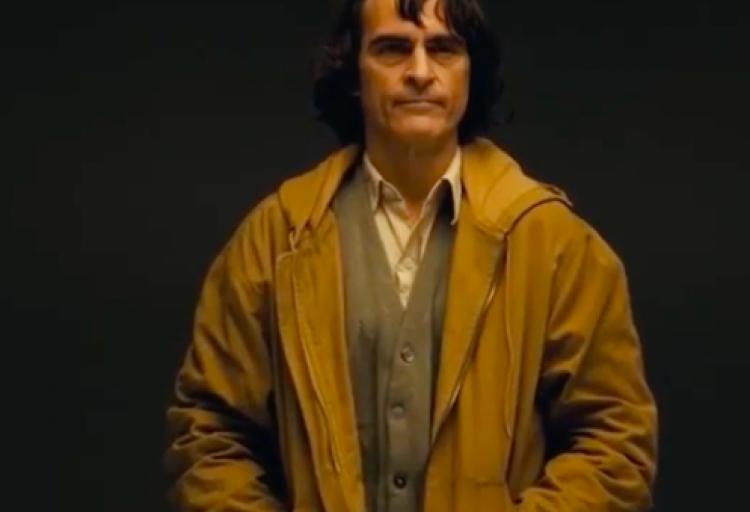 Warner lanza tráiler de la transformación de Joaquin Phoenix en 'Joker'.