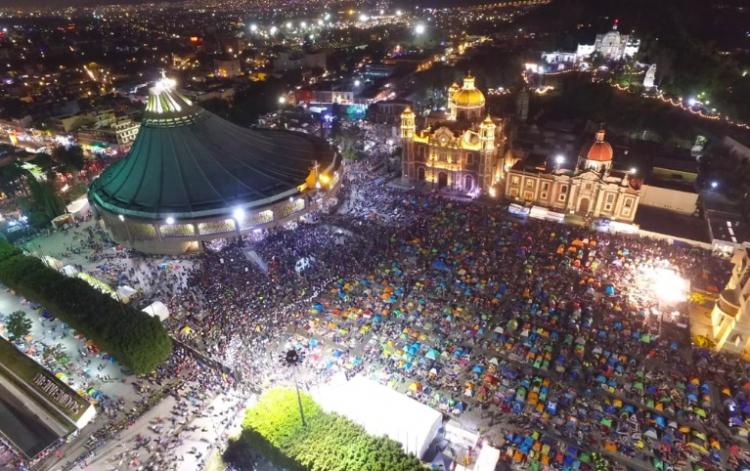 Más de 10 millones de fieles visitan a la Morenita en su día