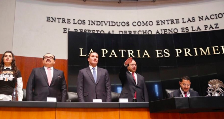 Alfonso Navarrete comparece ante el Senado de la República