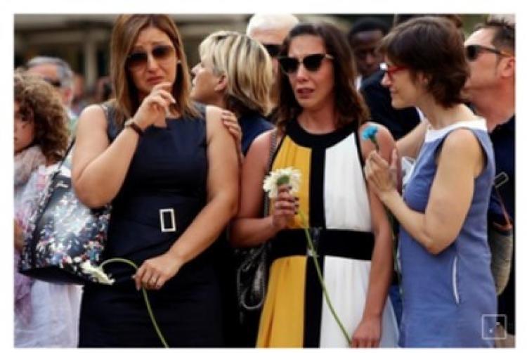 Barcelona rinde homenaje a las víctimas de atque yihadista de 2017
