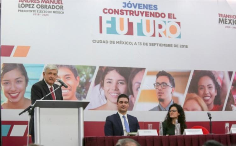 Aprendices Jóvenes Construyendo el Futuro gozarán seguro médico y beca en efectivo.