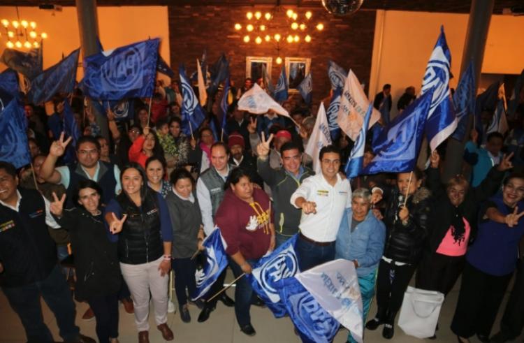Ana Cristina y líderes del PAN se reúnen con simpatizantes de San Pedro Cholula