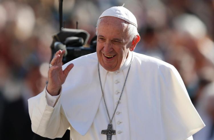 Jóvenes Mexicanos son estafados con supuesto viaje para ver al Papa Francisco.