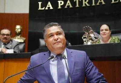 """Senador del PAN pide investigar resolución de Medina Mora a favor del """"Bronco"""""""