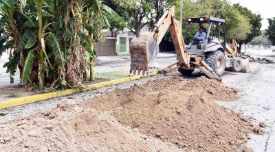Inician obras de colocación de drenaje en Zaragoza