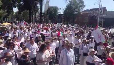 Marchan en Puebla contra el Gobierno de López Obrador #Marcha1DeDiciembre