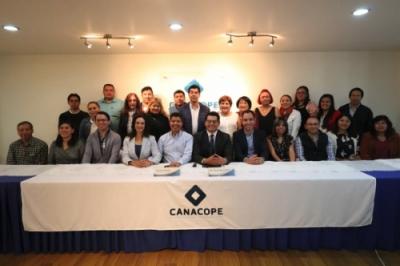 Eduardo Rivera presentó propuestas a integrantes de la CONACOPE