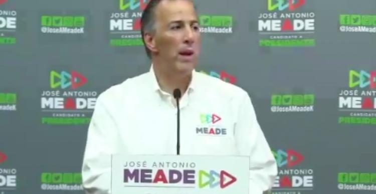 """Meade celebra """"Día del Abogado"""""""