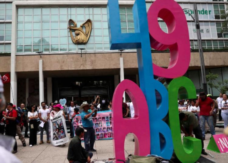 IMSS restituye los servicios suspendidos a familiares de la Guardería ABC