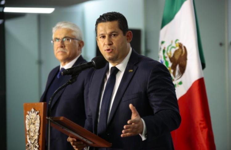 Gobernador de Guanajuato logra abastecer a su estado con gasolina de Texas