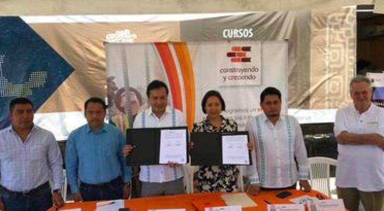 INEA renueva convenio para garantizar educación básica a trabajadores de la construcción